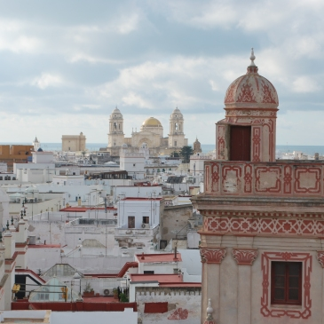Ruta por las torres miradores de Cádiz. Apartamentos Larga 70.